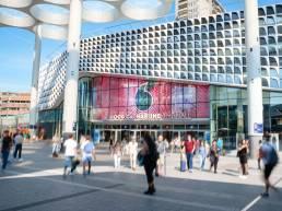 WindsideDigital en blowUP verzorgen de grootste LEDschermen van West Europa in retailhub HoogCatharijne